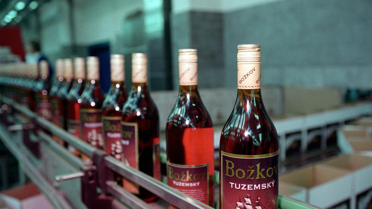 Evropská komise udělila Česku pětiletou výjimku napoužívání rumových aromat pro tuzemáky.
