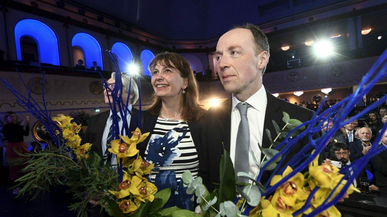 V čele Strany Finů stojí od roku 2017 Jussi Halla-aho, který prosazuje zpřísnění protiimigrační politiky a vystoupení Finska z EU.