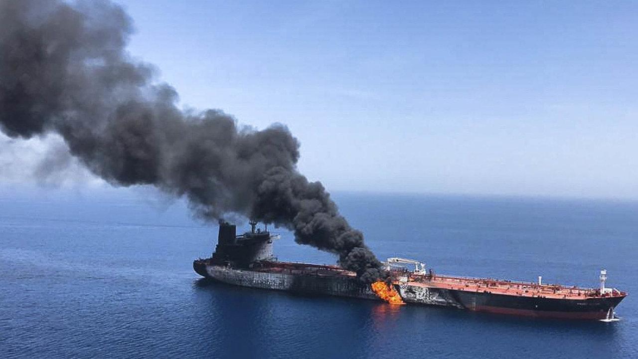 Rada bezpečnosti OSN odsoudila útoky na tankery v Ománském zálivu. Spojené státy z nich obvinily Írán, který to popřel. Incident v oblasti vyhrotil napětí, Írán sestřelil americký bezpilotní letoun.
