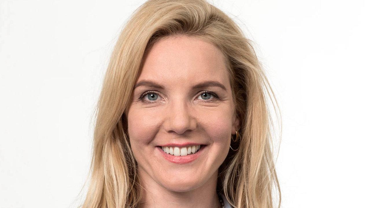 Barbora Dubanská se stala partnerkou vadvokátní kanceláři Taylor Wessing vČesku. Specializuje se zejména naoblast hospodářské soutěže, farmaceutické právo aregulatorní otázky práva EU.