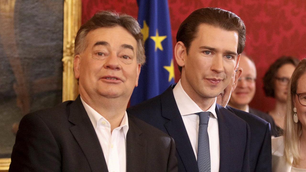 Lídři koalice. Rakousko povede kancléř Sebastian Kurz (vpravo) avicekancléř Werner Kogler.