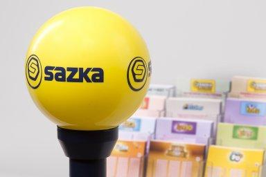 Sazka Group kromě OPAP drží podíly v české společnosti Sazka (100 procent), italské společnosti LottoItalia (32,5 procenta) či rakouských Casinos Austria (38,2 procenta ).