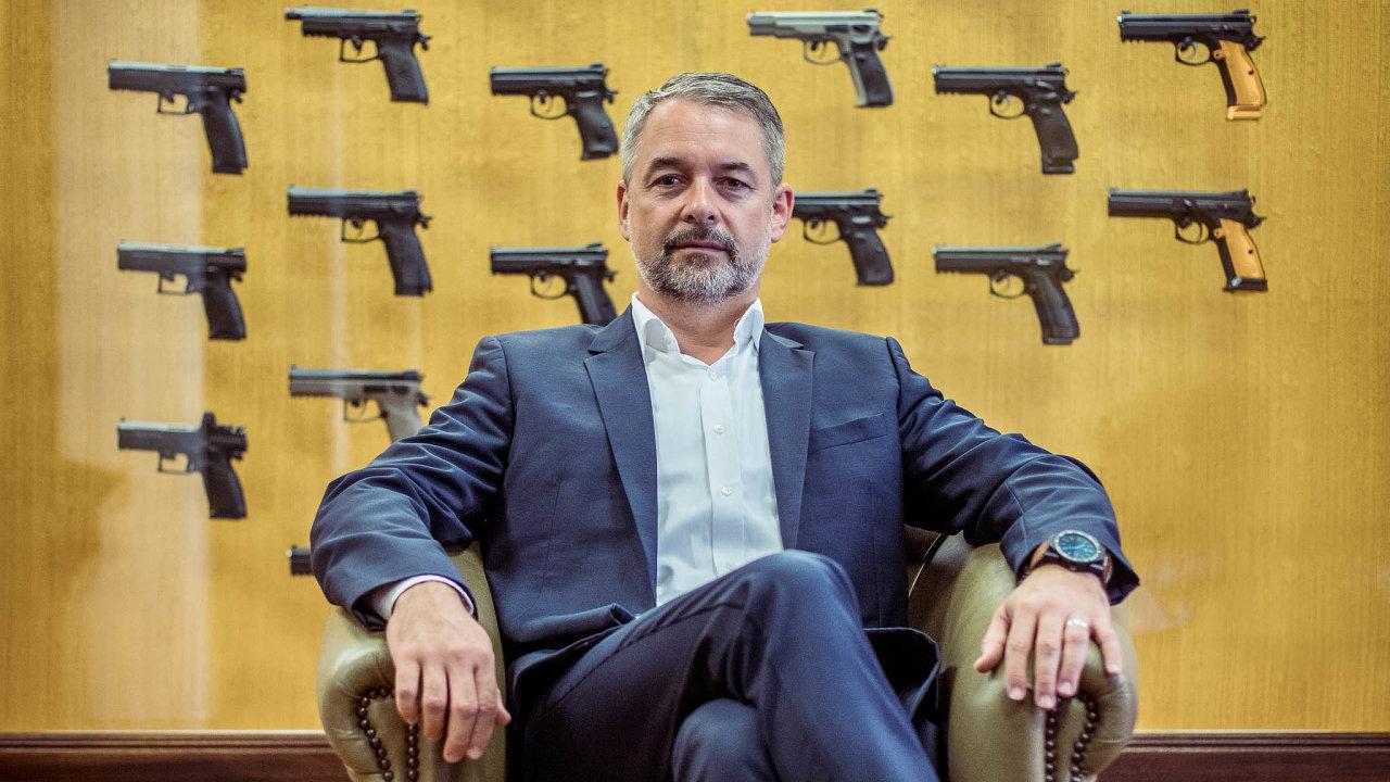 Diskuse obudoucnosti ekonomiky: prezident skupiny Česká zbrojovka Group Lubomír Kovařík.