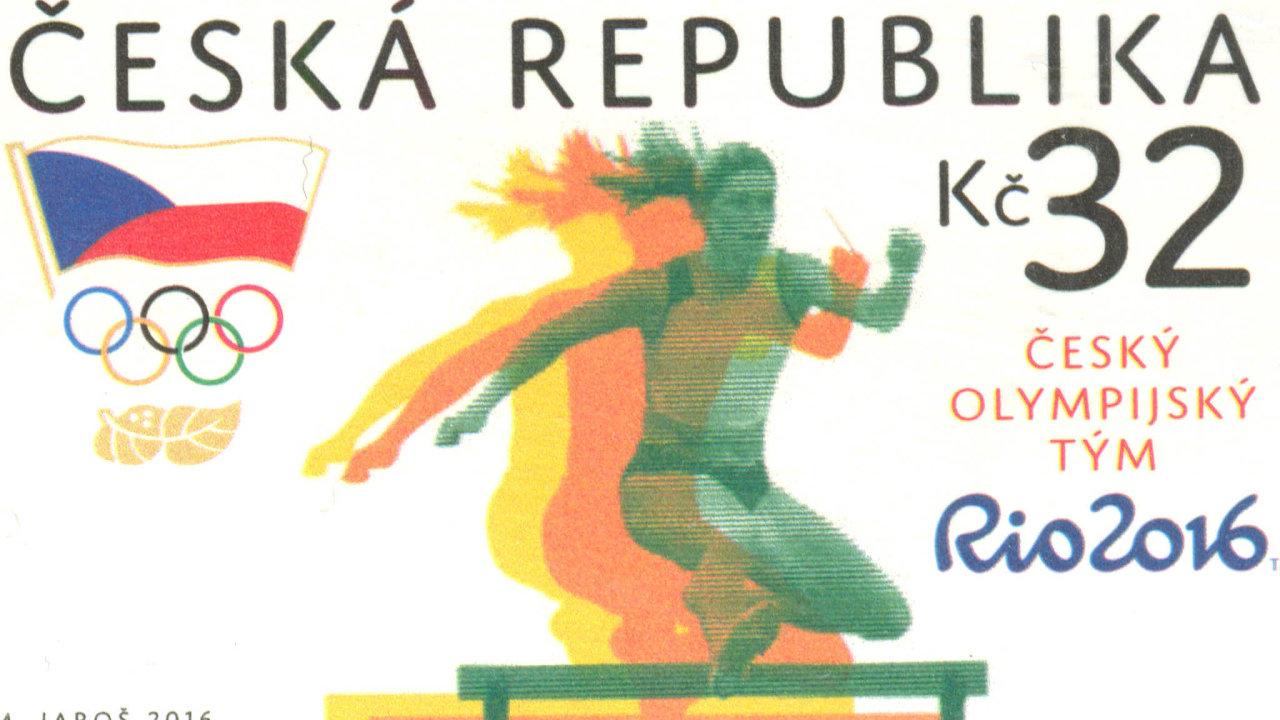Atletka Zuzana Hejnová aČeská pošta ukončily spor kvůli tomu, že státní podnik využil bez souhlasu dvojnásobné mistryně světa její podobu nadvou poštovních známkách.