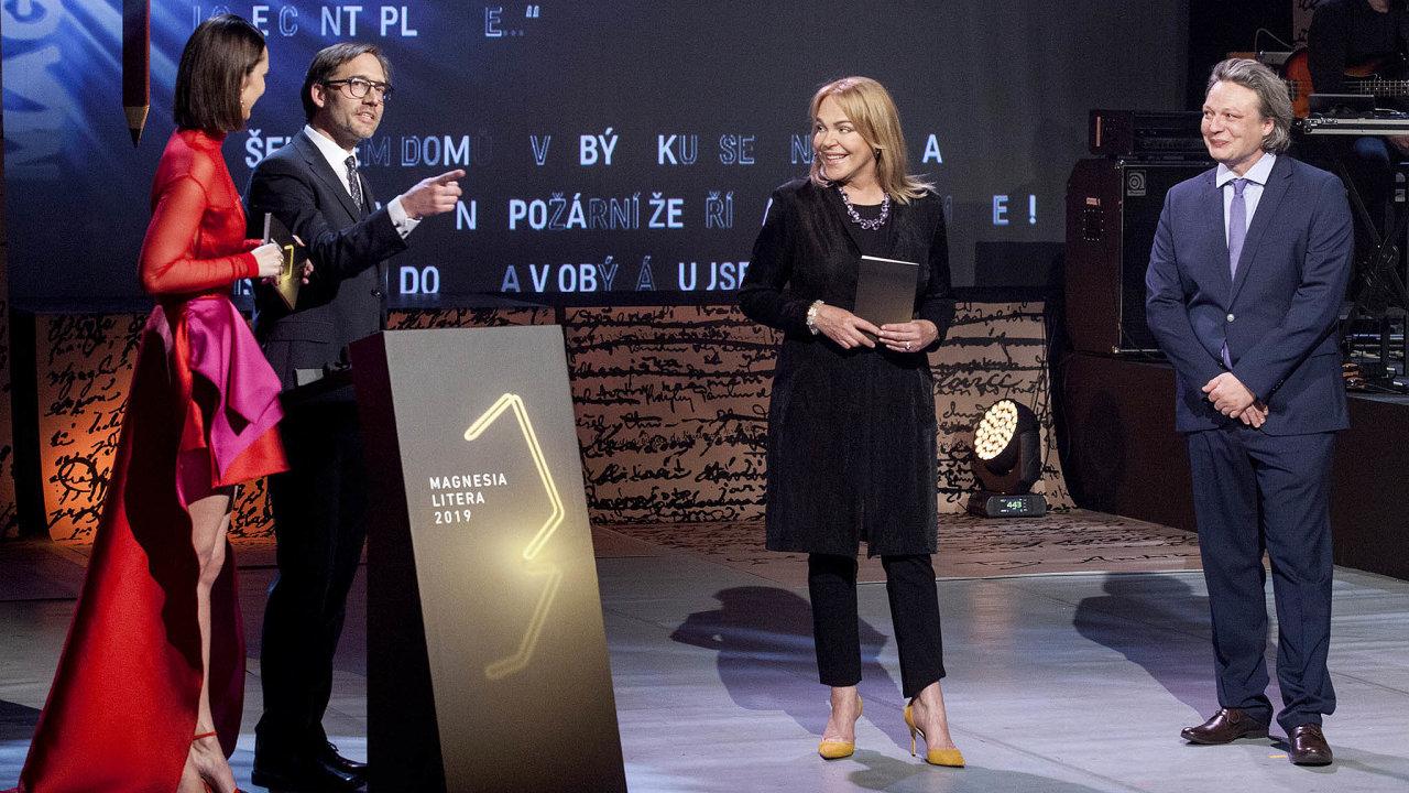 Dagmar Havlová při předávání cen Magnesia Litera