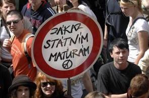 Demonstrace proti státním maturitám