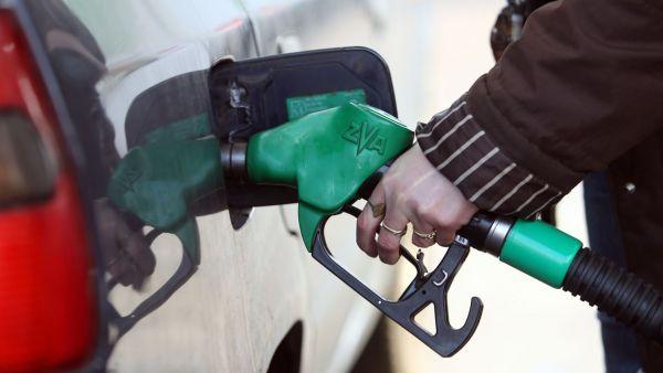 Nejdražší pohonné hmoty jsou v Praze a na jižní Moravě, nejlevnější především na severu Čech - Ilustrační foto.