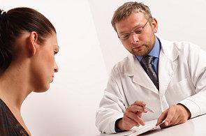 Praktičtí lékaři můžou předepsat stále méně léků. Ilustrační foto