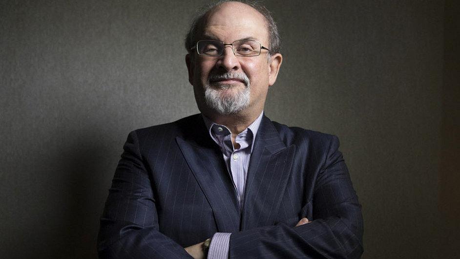Rushdie letos na filmovém festivalu v Torontu zhlédl zfilmovanou verzi svého románu Děti půlnoci.