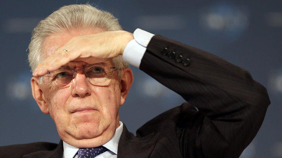 Italský premiér Mario Monti rezignoval