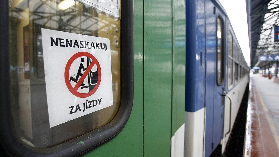 Typický český rychlíkový vlak - ilustrační foto