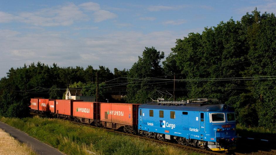 V ČD Cargo se má propouštět. Odbory ale s jednáním vyčkávají na nového ministra. (Ilustrační foto)