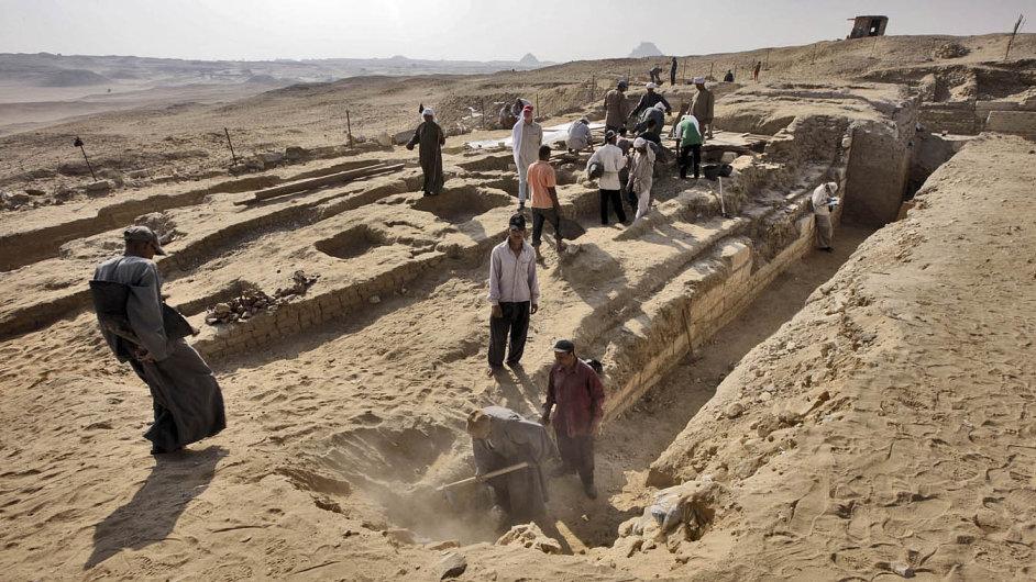 Jeden z posledních objevů českých egyptologů v Abúsíru.
