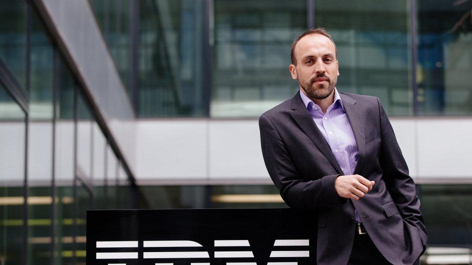 Branislav Šebo, šéf IBM Česká republika. Firma získala titul TOP Odpovědná velká firma 2014