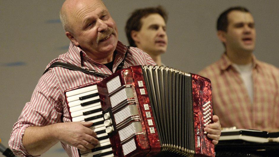 Petr Skoumal zemřel v neděli po těžké nemoci.