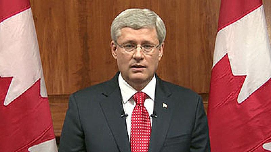 Kanadský premiér Stephen Harper prohlásil, že Kanada se útokem v Ottawě zastrašit nenechá.