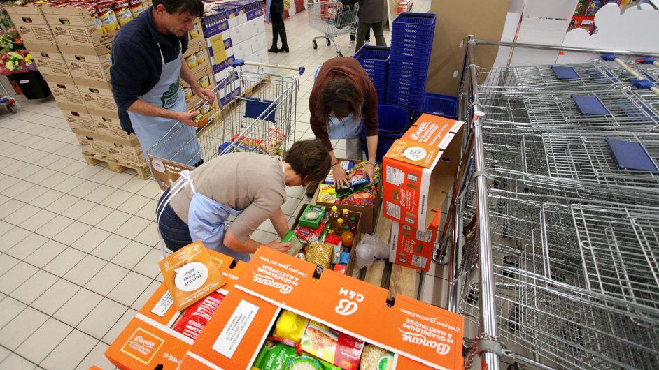 V nedávné Národní potravinové sbírce lidé a firmy darovali potřebným 173 tun trvanlivých potravin.