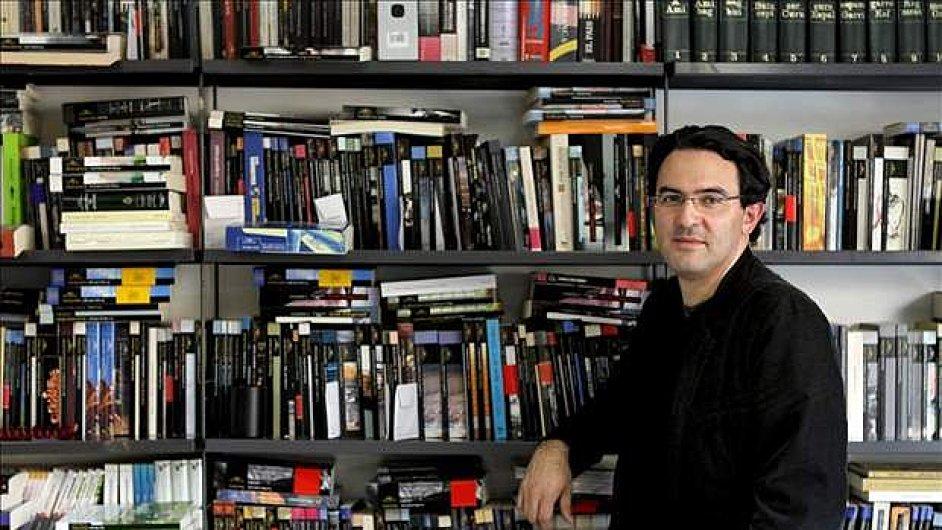 Romanopisec Vásquez píše sloupky do kolumbijského deníku El Espectador.