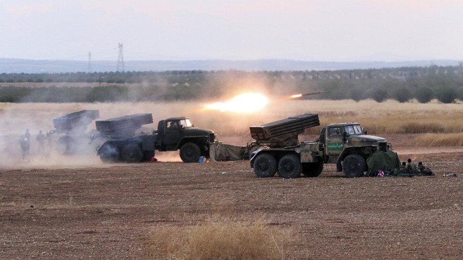 Syrská armáda bojující u obce Morek v Sýrii.