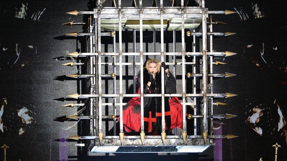 Snímek z koncertu Madonny