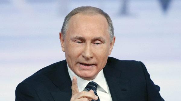 Vladimir Putin se účastní summitu Společenství nezávislých států v Biškeku.