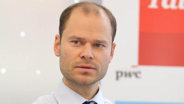 Byznys a lidská práva se vzájemně nemusí vylučovat, právě naopak, říká Radek Špicar.