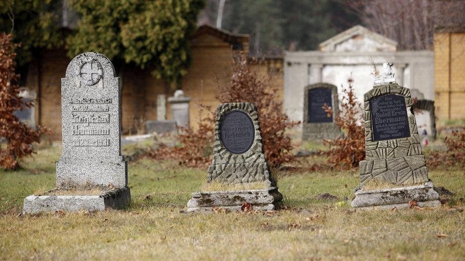 Heřmanice. Hroby původních německých usedlíků.