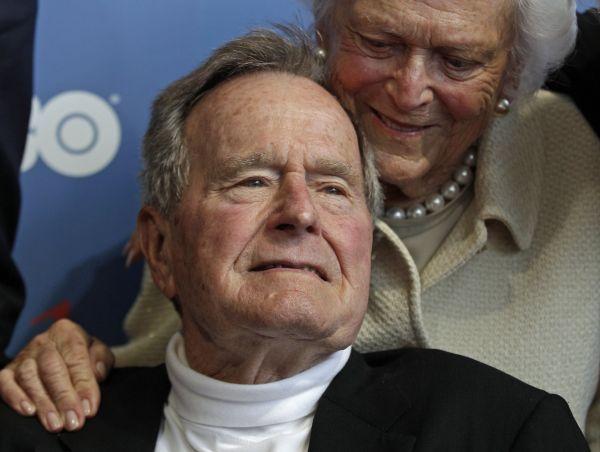 George Bush starší v červnu 2012