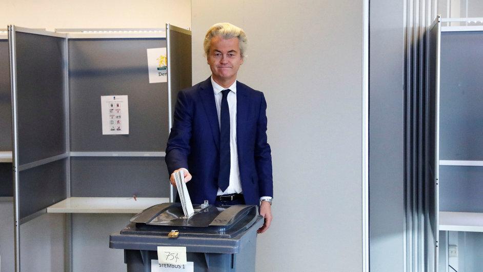 Populista Wilders v Nizozemsku prohrál.