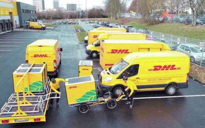 Systém City Hub od DHL spojuje speciální cargo kola s dodávkami v jeden distribuční celek.
