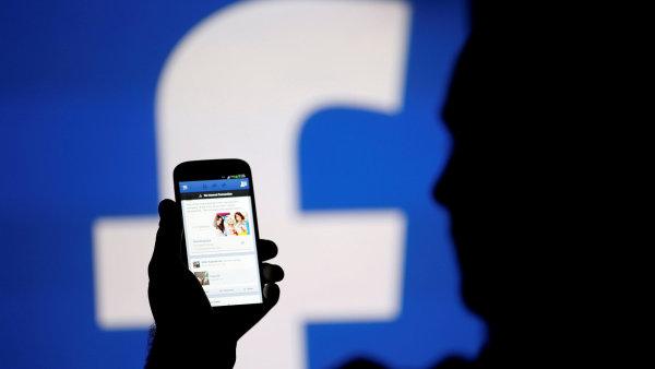 Facebook dostal od Evropské komise pokutu 110 milionů eur - Ilustrační foto.