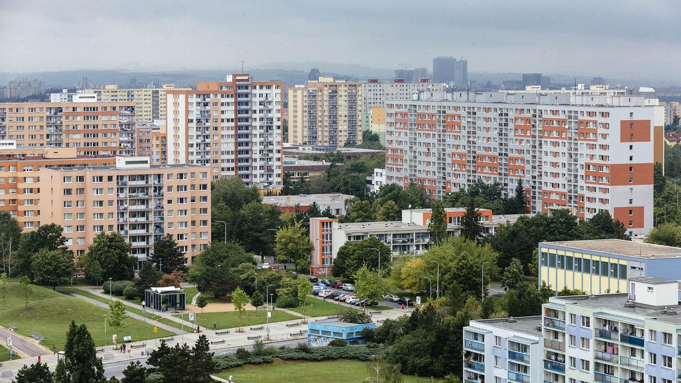 V Česku rostly ceny nemovitostí v porovnání s ostatními zeměmi unie nejrychleji nepřetržitě od posledního čtvrtletí 2016 do konce třetího čtvrtletí 2017.