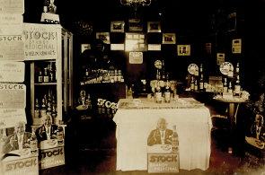 Fernet Stock slaví devadesát let. Recept na jeho výrobu znají dodnes jen dva lidé ve firmě