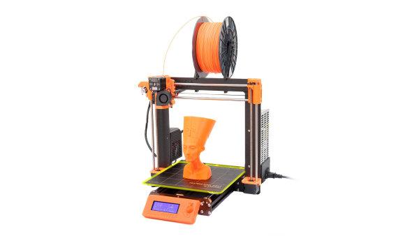 3D tiskárna Prusa i3 MK3 si poradí i s výpadkem proudu v průběhu tisku.
