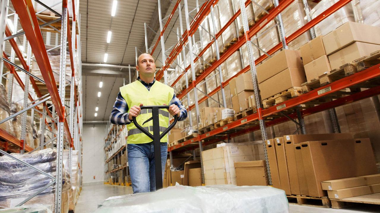 Oborem, kde neklesá poptávka po nových zaměstnancích, je logistika.