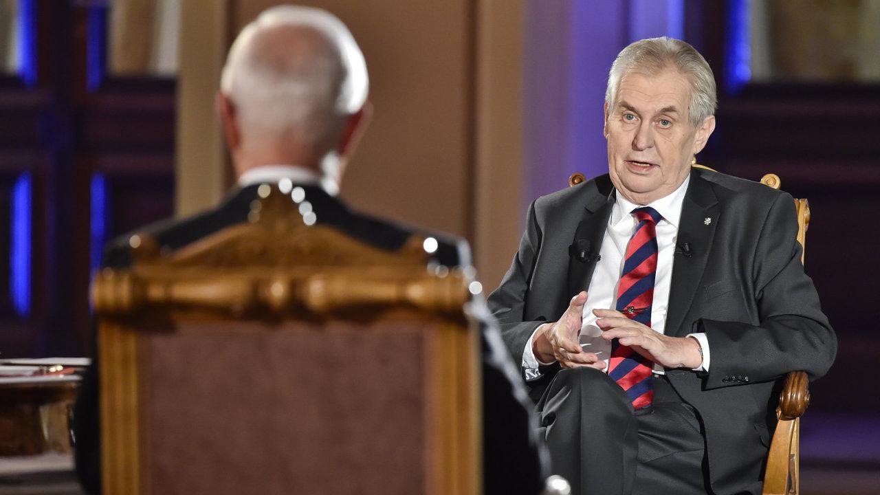 Miloš Zeman v předvolební debatě České televize.