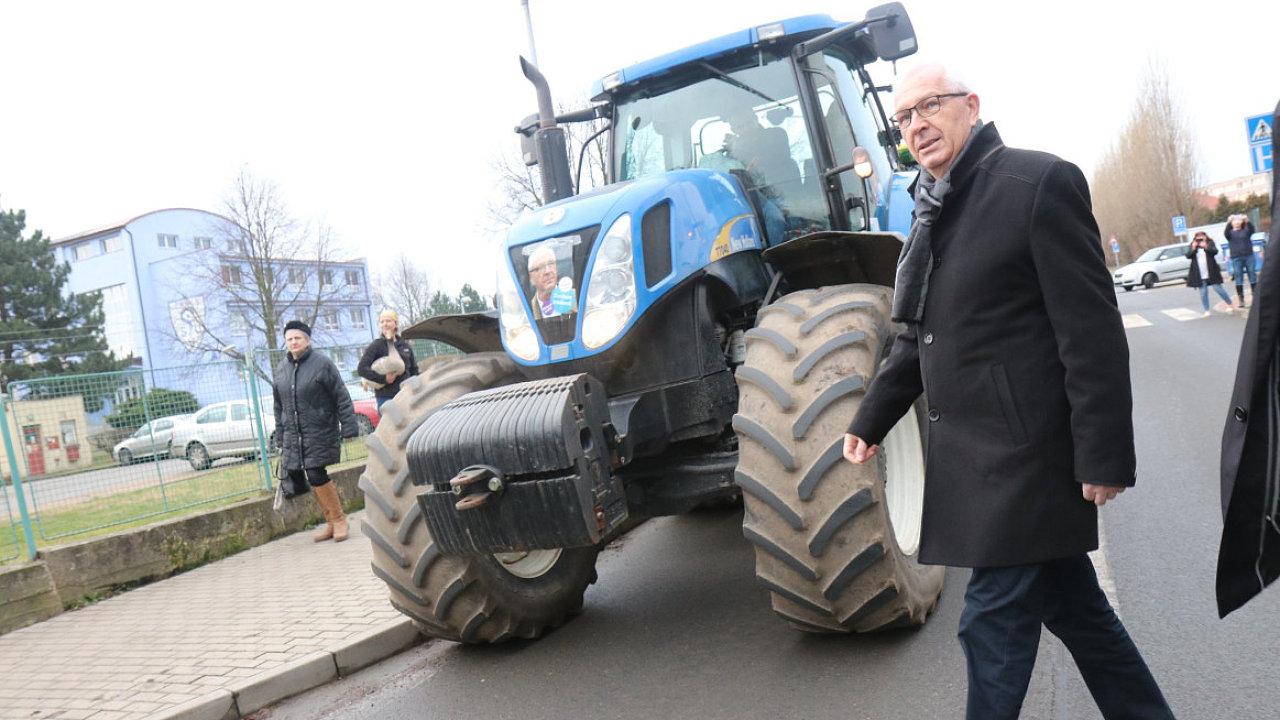 Jiří Drahoš traktor
