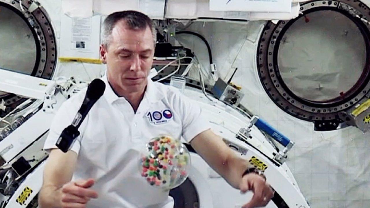 První český rozhovor z vesmíru. ČT se spojila s astronautem Feustelem