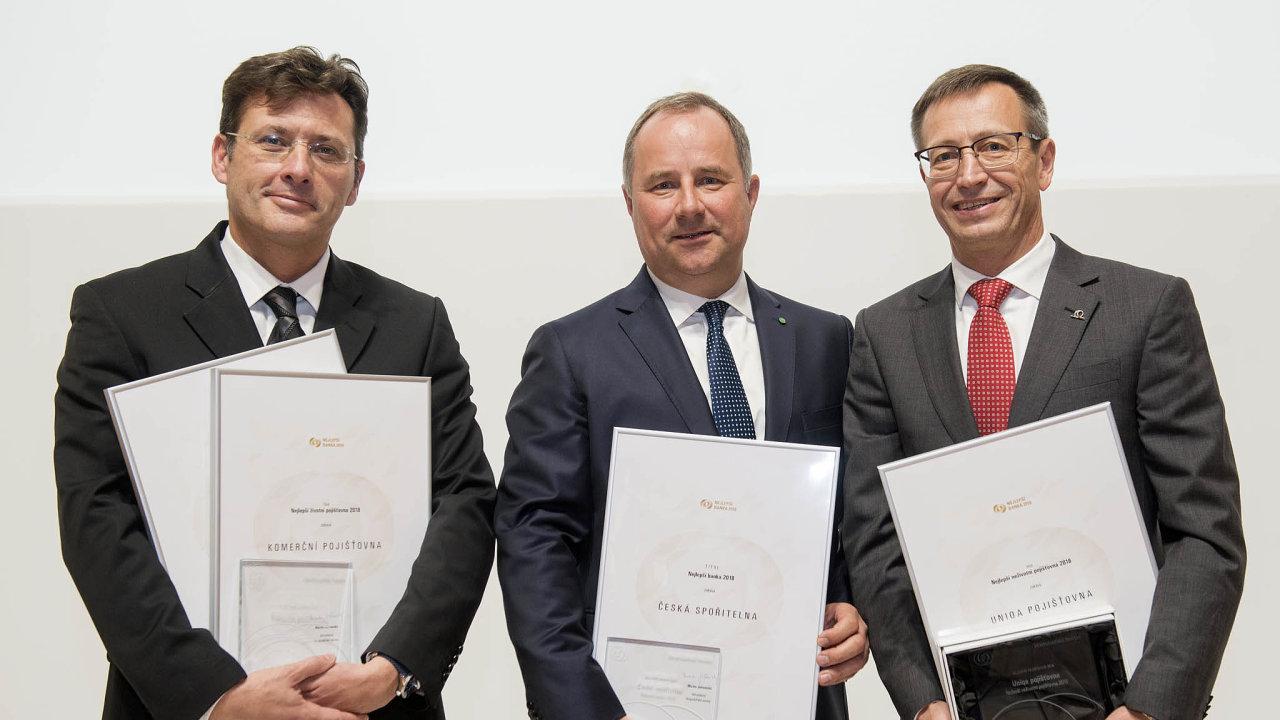 Vítězové hlavních kategorií. Zleva: Gaël Loaec, Tomáš Salomon aMartin Žáček