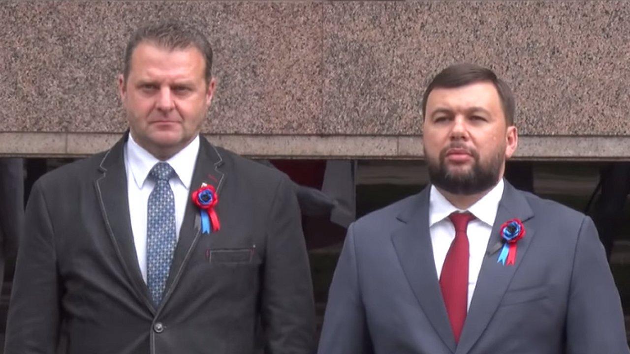 Komunistický poslanec Zdeněk Ondráček přijíždí na návštěvu Doněcka
