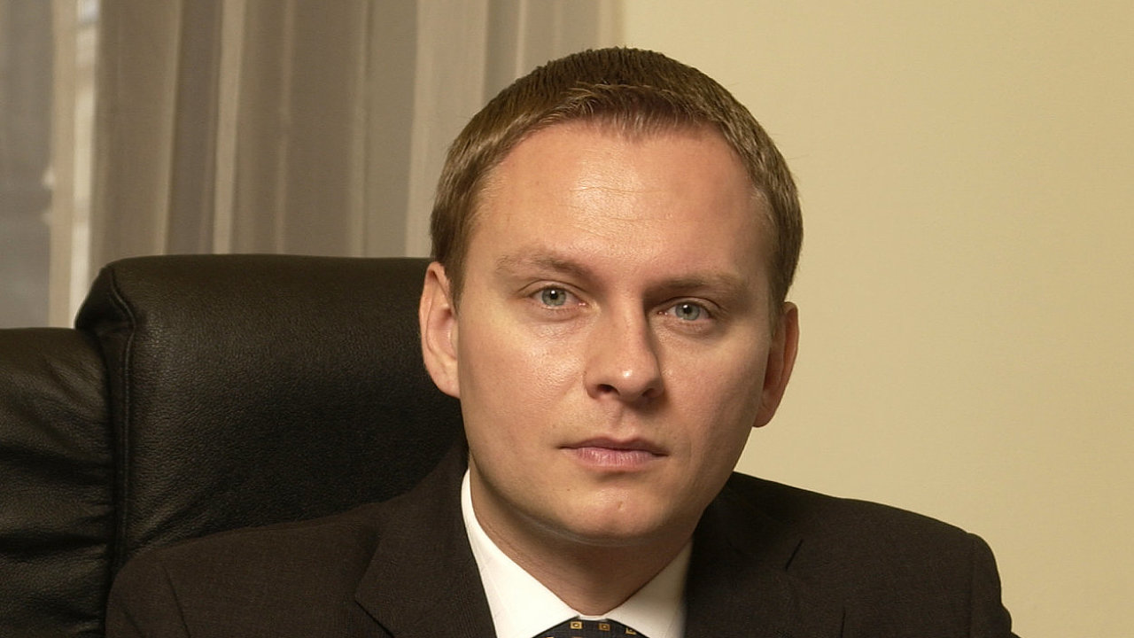 Patrik Rožumberský, UniCredit Bank.