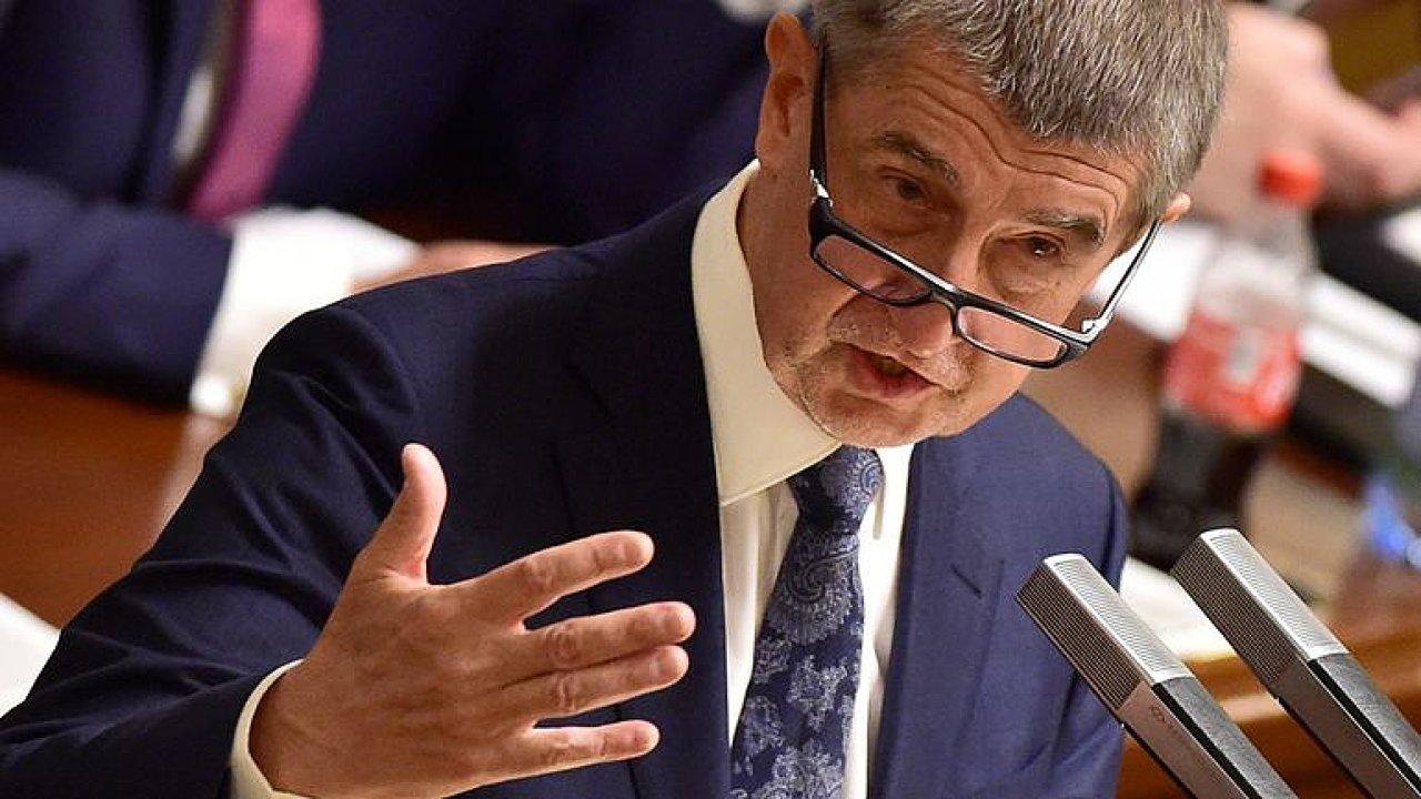 Premiér se Zemana bojí. Babišovi nezbývá než před ním panáčkovat, říká Kysela