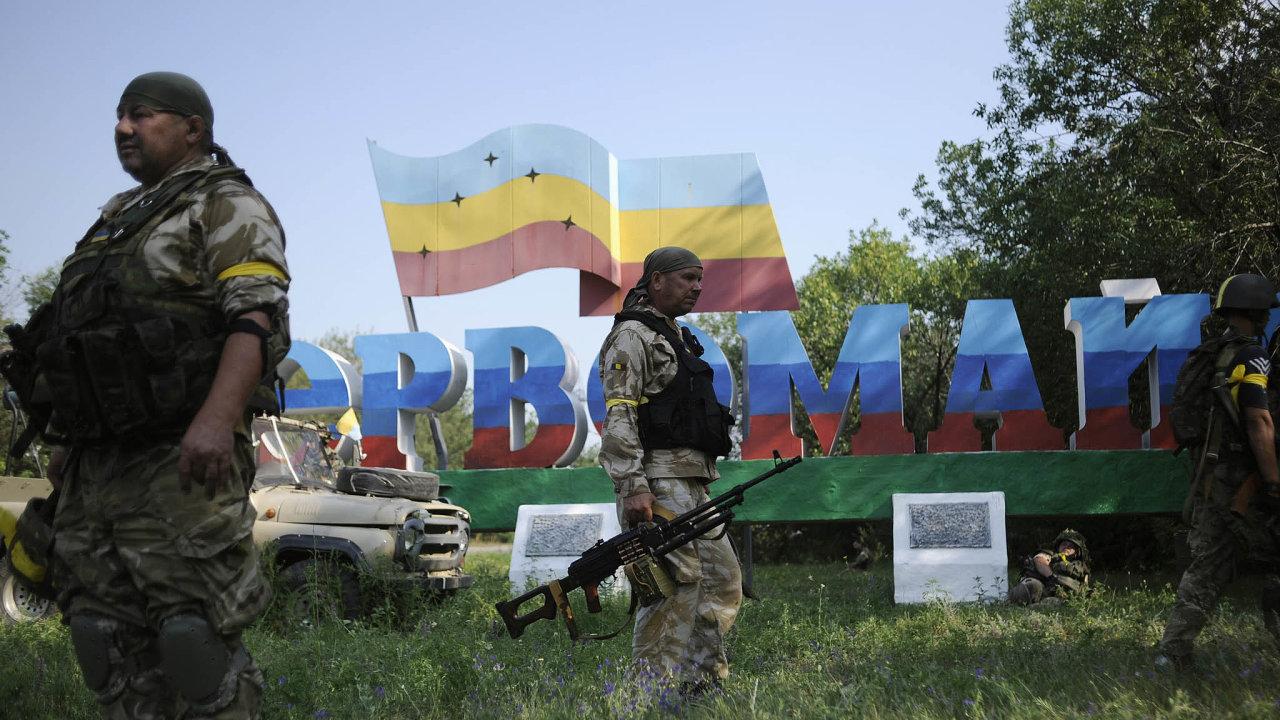 Mezi Ruskem a Ukrajinou dál stojí problém, jak vyřešit napjatou situaci v separatistických proruských oblastech.