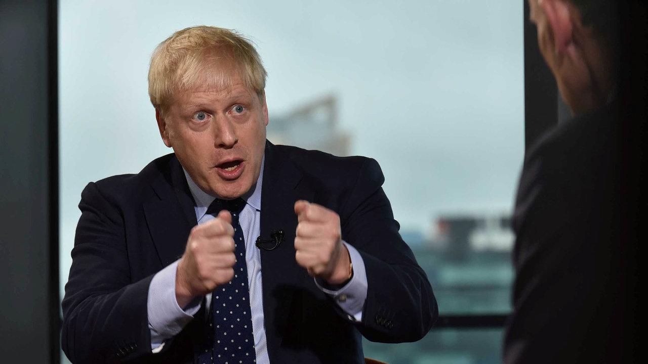 Britský premiér Boris Johnson při rozhovoru pro BBC.