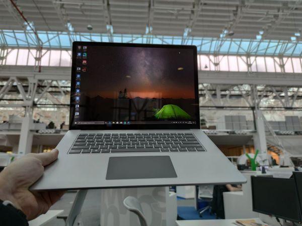 """Notebook Surface laptop 3 se dočkal 15"""" verze s procesory Ryzen od AMD, něco mu ale chybí"""