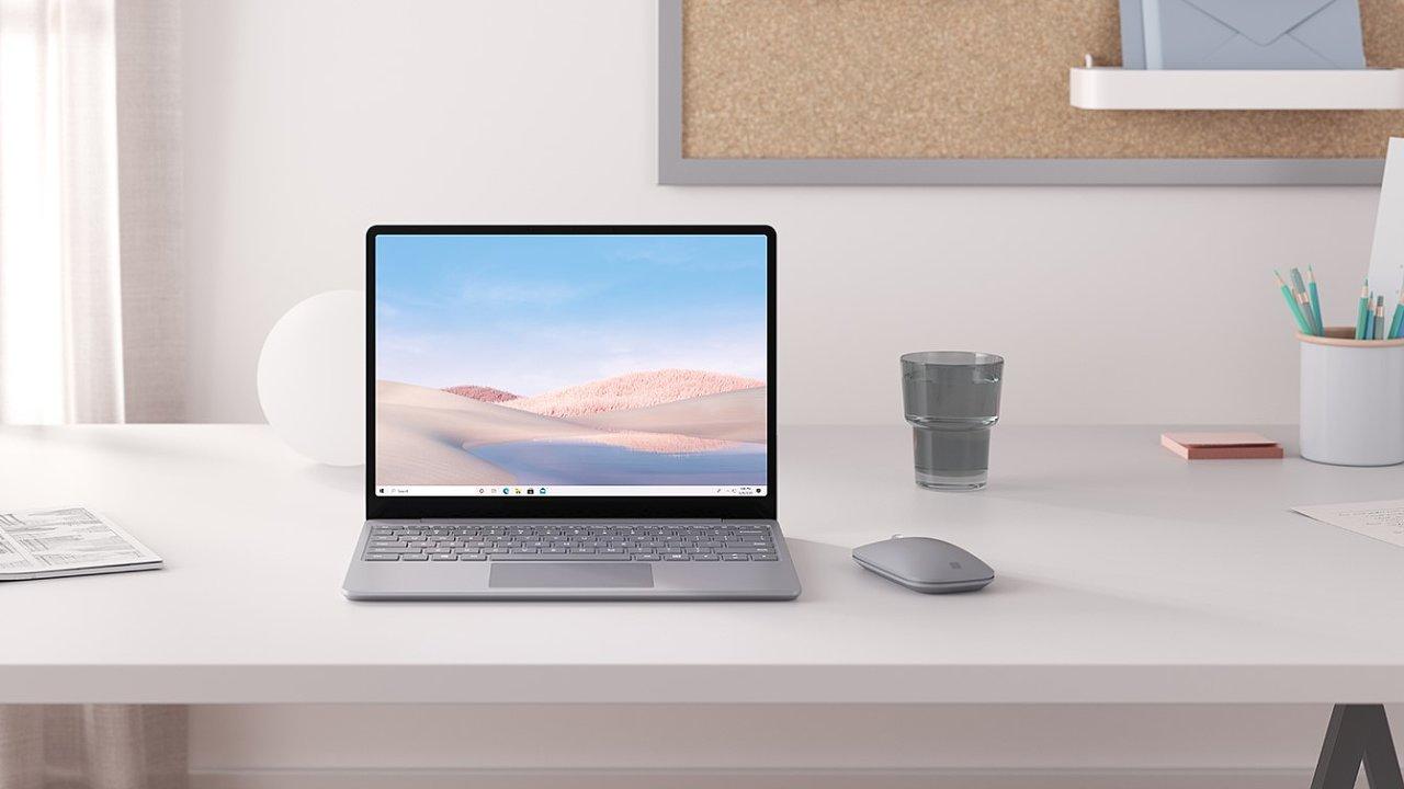 Surface Go Laptop vypadá elegantně a má pracovní poměr stran 3 : 2.