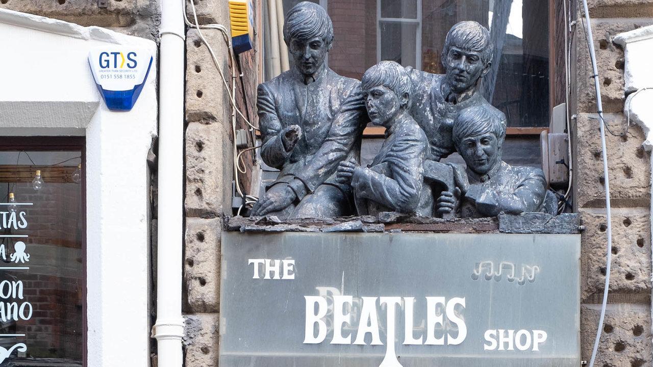 Studijní obor The Beatles: hudební průmysl a odkaz se zaměřuje na význam skupiny pro hudební průmysl, populární kulturu či turismus.