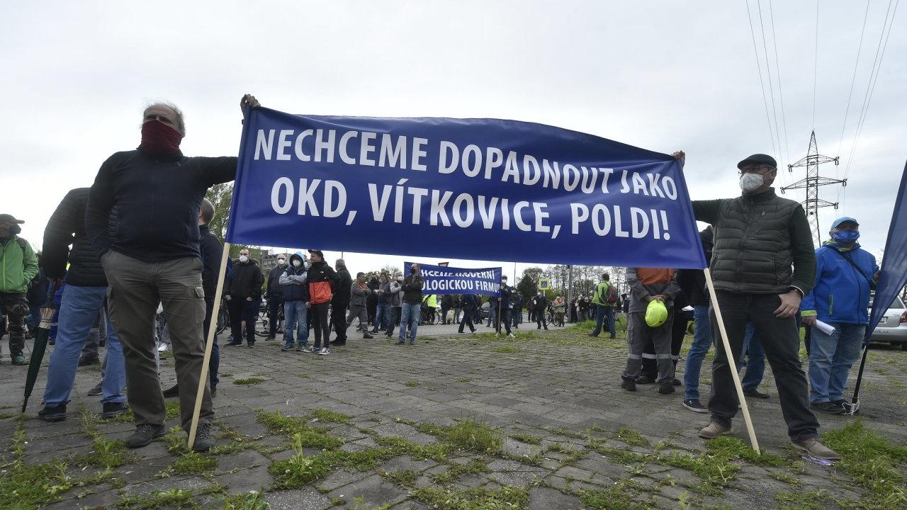 Liberty Ostrava, odboráři, demonstrace