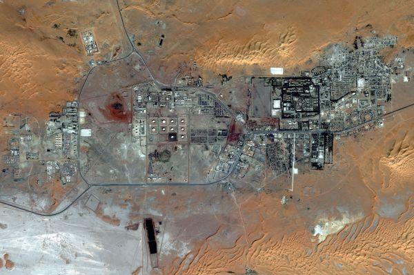 Satelitní snímek Alžírské plynárny