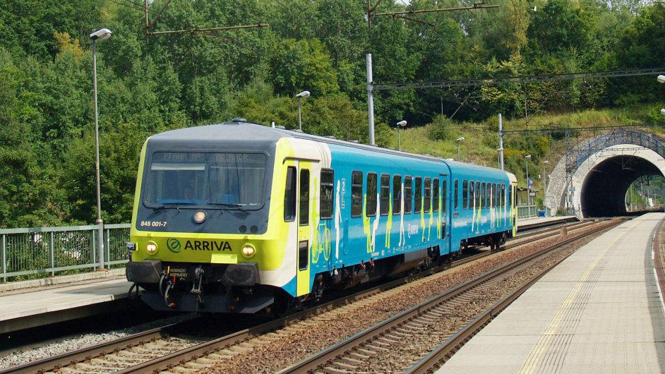 Aktuálně Arriva nabízí na rychlíkové tratě stejné vlaky, které loni nasadila na trase Praha - Kralupy nad Vltavou.